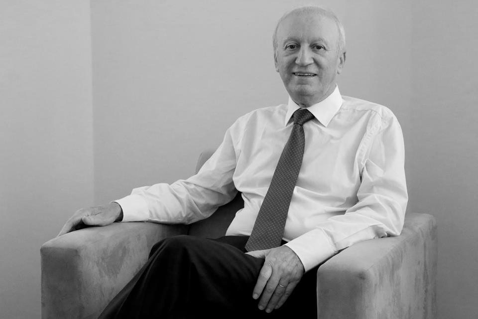 Morre o professor Afonso José de Matos, diretor-presidente da Planisa